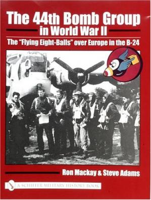 "A capa do livro The 44th Bomb Group in World War II: The ""Flying Eight-Balls"" Over Europe in the B-24"