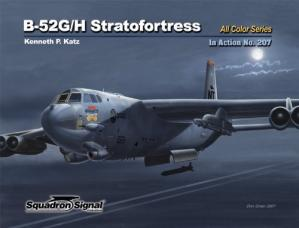 Portada del libro B-52G  H Stratofortress in Action No 207 Color Series