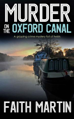 Обкладинка книги MURDER ON THE OXFORD CANAL: a gripping crime mystery full of twists