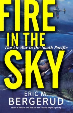 书籍封面 Fire In The Sky: The Air War In The South Pacific