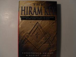 Book cover The Hiram Key: Pharaohs, Freemasonry, and the Discovery of the Secret Scrolls of Jesus