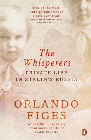 Couverture du livre The Whisperers: Private Life in Stalin's Russia