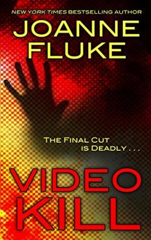 Copertina Video Kill (Thorndike Press Large Print Superior Collection) by Joanne Fluke (2014-08-20)
