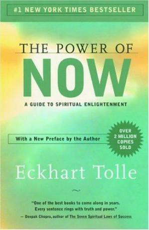 Kitabın üzlüyü The Power of Now: A Guide to Spiritual Enlightenment