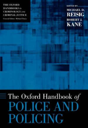 Copertina The Oxford handbook of police and policing
