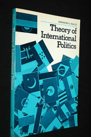 Copertina Theory of International Politics (Addison-Wesley series in political science)